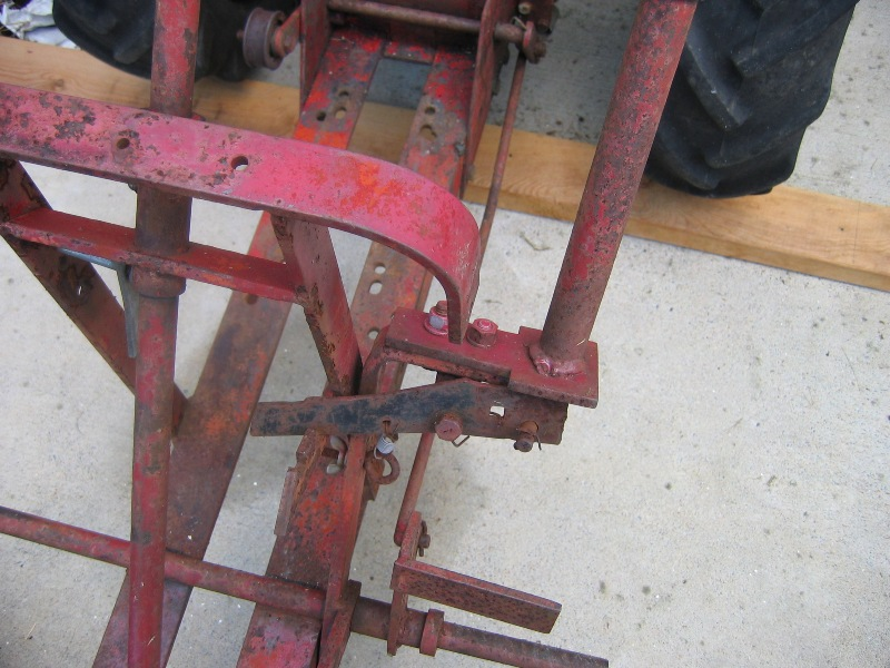 Wheel Horse Attachment Lift Handle - Poorly Repaired